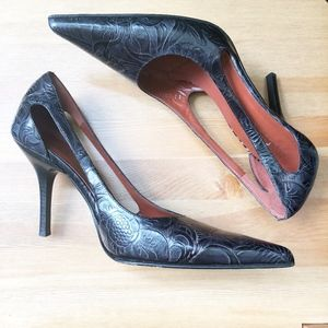 Donald J. Pliner Couture Embossed Leather Pumps 9M
